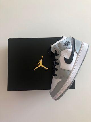 Jordan 1 mid Light Smoke grey (GS) x2