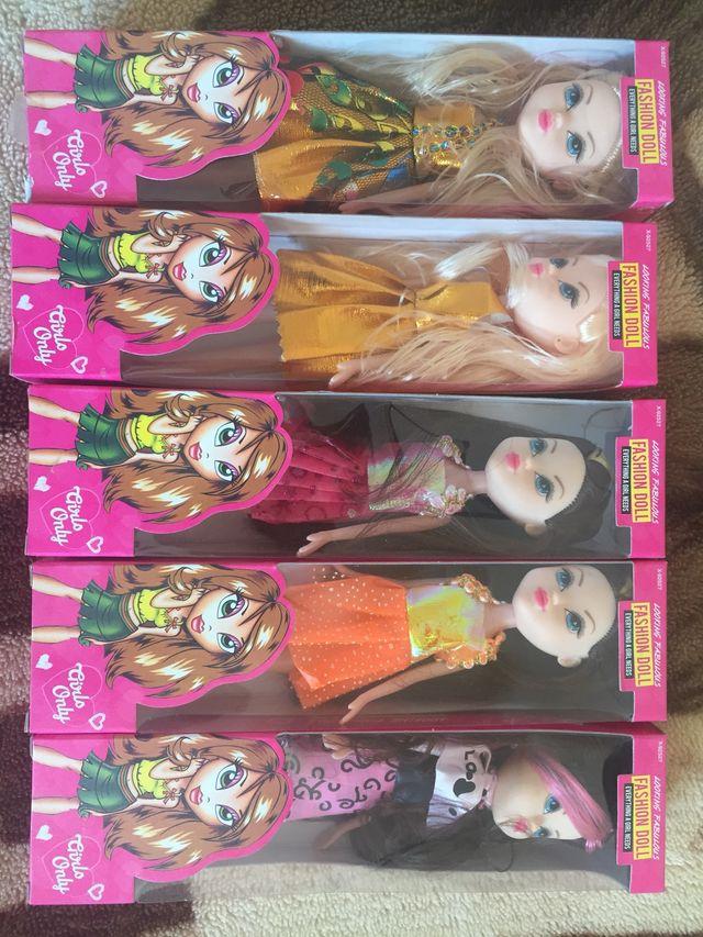 Fashion doll brand new.