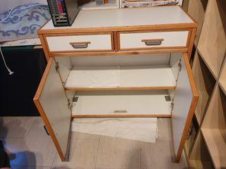 Mueble fabricacion casera. Pesa bastante