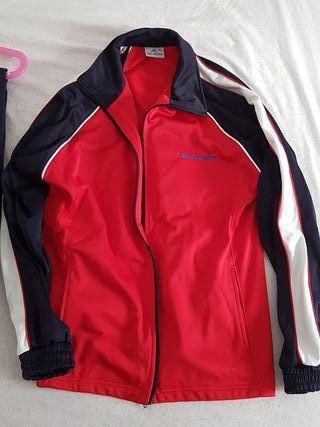uniforme del colegio San Juan García