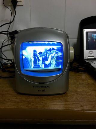 Tv mini con radio vintage
