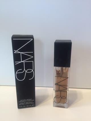 NARS: NATURAL RADIANT LONGWEAR FOUNDATION.