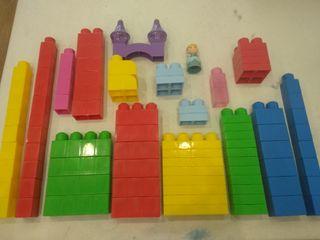 100 piezas Lego Duplo!