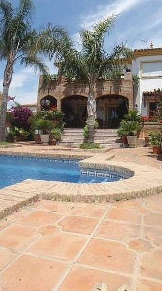 Villa en venta en Zona de Seghers en Estepona