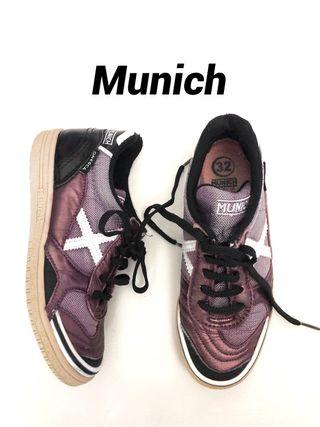 Deportivas MUNICH niña. Talla 32