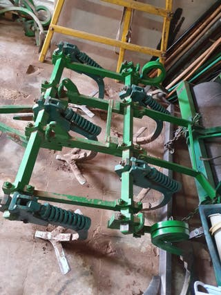 Cultivador 7 brazos
