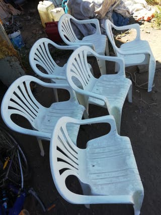sillas de plástico
