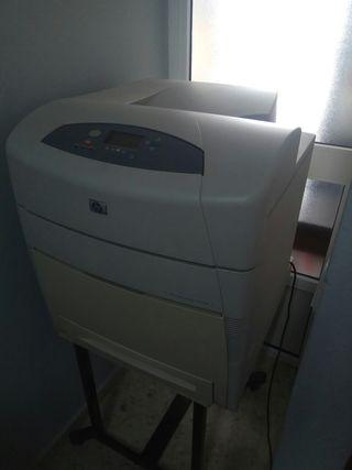 Impresora HP color 5550DN (A3)