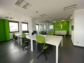 mobiliario oficina (mesas y sillas)