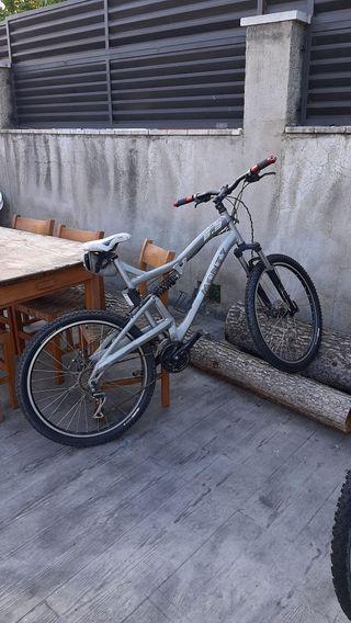 bicicleta en buen estado ruedas nuevas