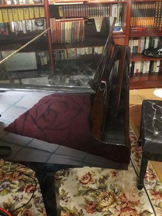 Yamaha C6 - Piano de cola