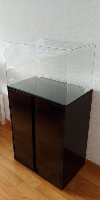 Acuario Blau Cubic 80 litros y mueble negro