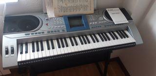 PIANO MK 900