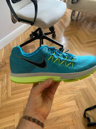 Nike Vomero 10. N46