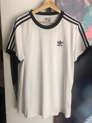 Camiseta de Adidas 15€