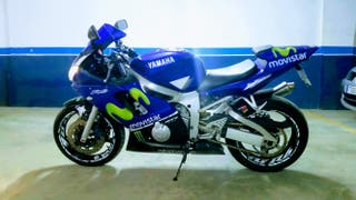 Yamaha YZF R6 edición finales 2002 por t max 500