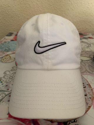 Gorra Nike Heritage