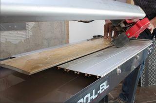 Mesa de corte aqua rubi DU 200 cortador
