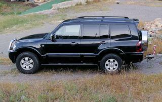 Mitsubishi Montero 2005