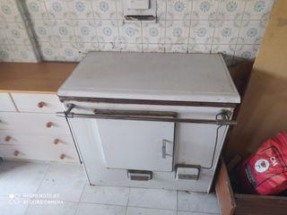 se vende cocina de leña y carbon