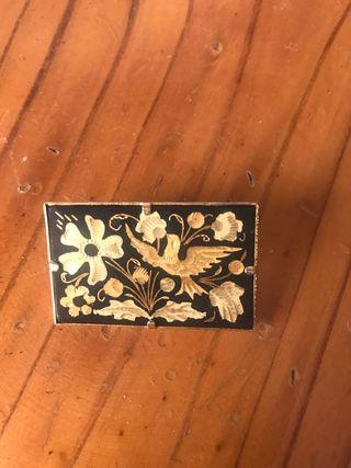 Broche vintage de oro de Toledo