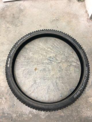 Neumático 27 5x2 35
