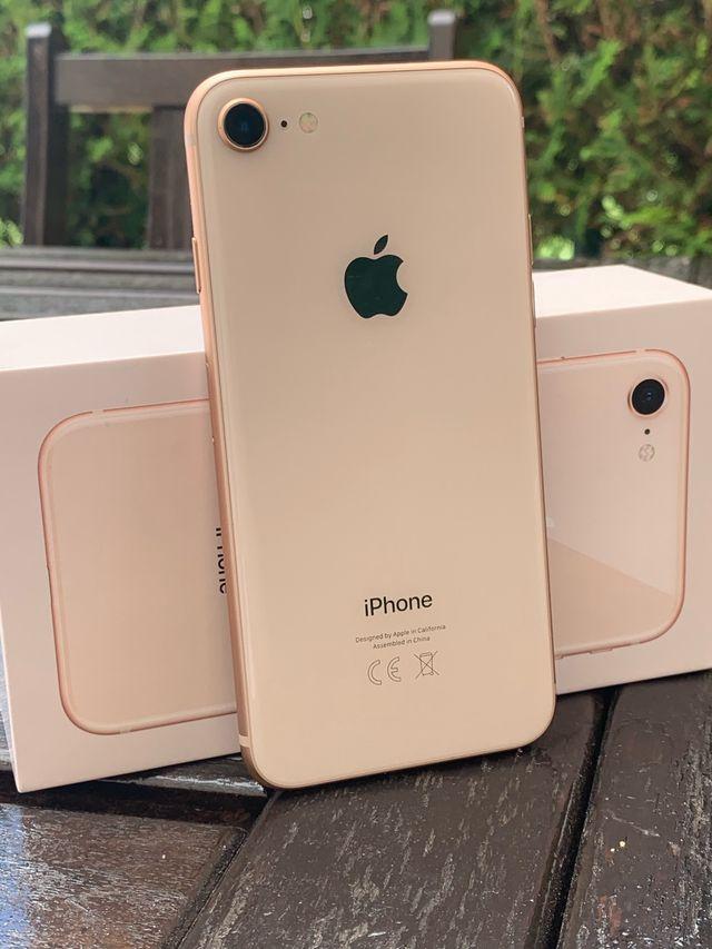 IPHONE 8 64Gb. Oro