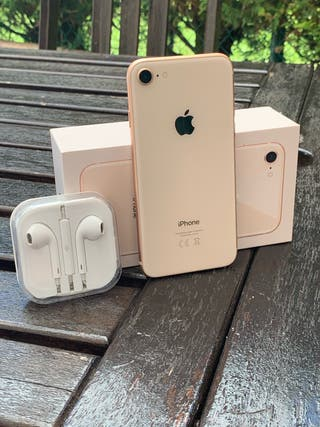 IPHONE 8 64Gb. Oro