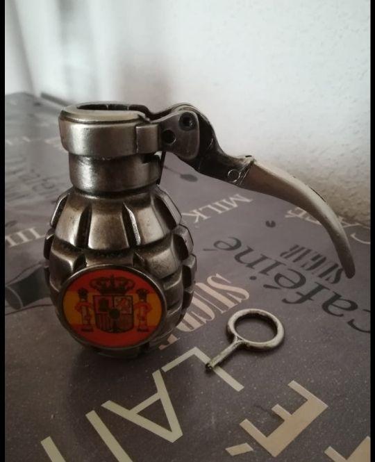Portamechero granada