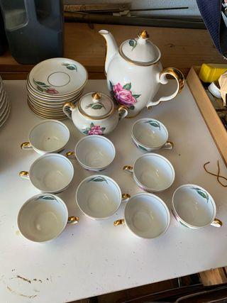 Juego de café antiguo de porcelana