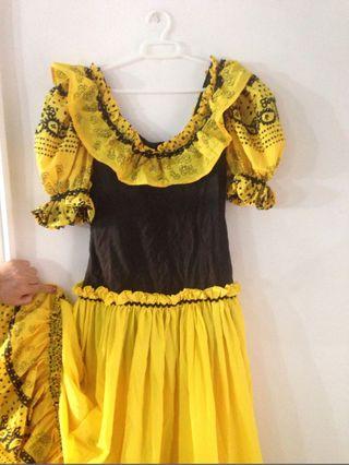 Bata rociera traje flamenca