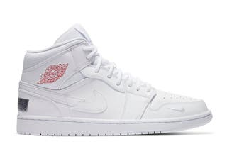 Nike Air Jordan 1 mid swoosh on tour 2020