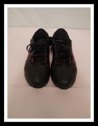 Zapatillas negras mujer de Nike