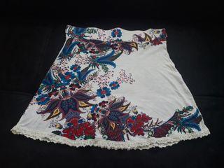 Falda desigual XL