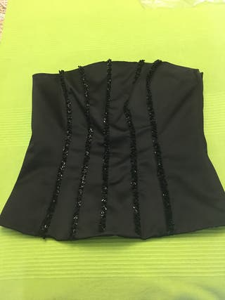 Corset de vestir con lentejuelas negro.