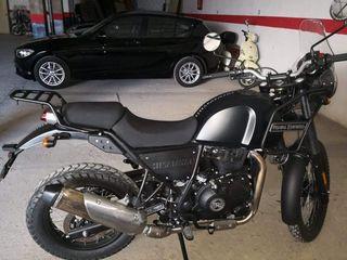 moto royal enfield Himalaya