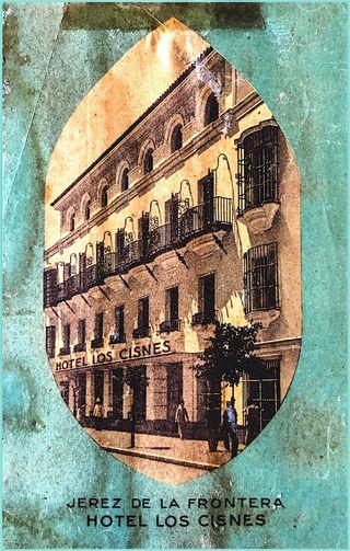 Etiquetas de hoteles y postales antiguas.