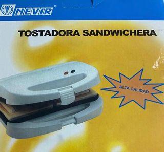 Sandwichera tostadora Nevir (SIN ESTRENAR)
