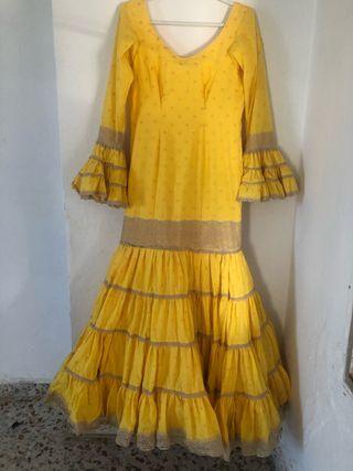 Vendo traje flamenca