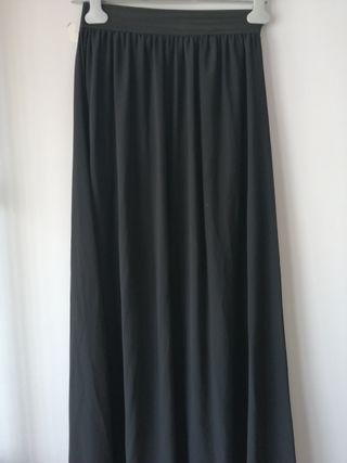 Falda negra larga. TM