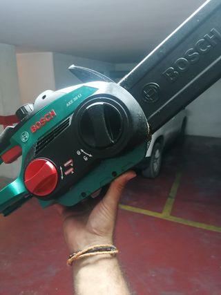 motosierra Bosch a bateria