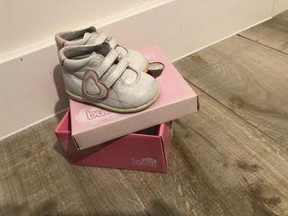Zapato niña de piel talla 16