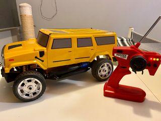 Potente coche Hummer gasolina 1:8 radio control
