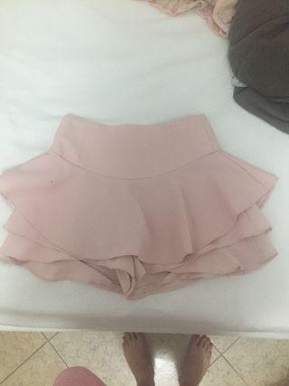 Falda pantalón y top