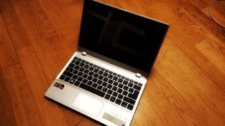 Portátil Acer Táctil -10GB RAM -SSD 250GB -V5-122P