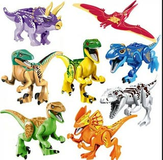 8 figuras Dinosaurios