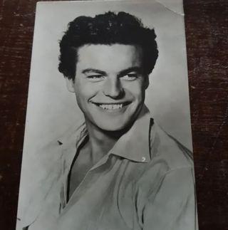 Antigua postal de ROBERT WAGNER muy joven