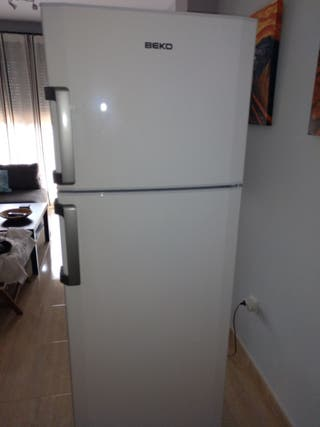 Vendo frigorífico Beko DS133020
