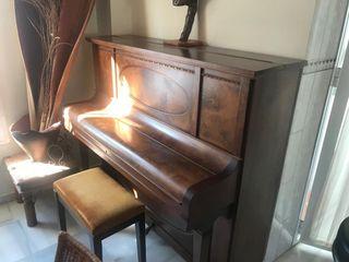 PIANO STEINBERG
