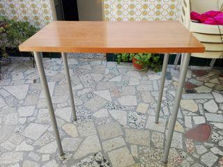 Mesa auxiliar o de cocina